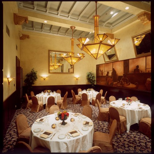 K.I.M. can set you up in a meeting room at the Sir Francis Drake in San Francisco.