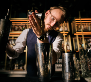Head Bartender Thomas Datema Mixes Gin Cocktail