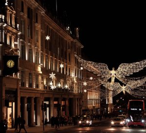 christmas lights in london photo credit @agatha.infnet via twenty20